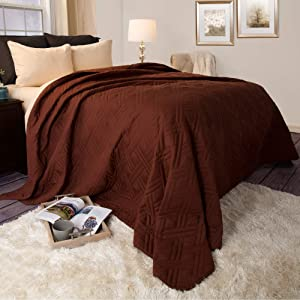 Lavish Home 66-40-T-C Solid Color Bed Quilt, Twin, Chocolate