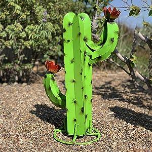 metiet DIY Metal Cactus Yard Art Sculpture, Mexican Party Decorations, Outdoor Cactus Rustic Sculpture, Garden Figurines, Yard Stakes, Lawn Ornaments, Indoor Statue Garden Home Decorations (B)
