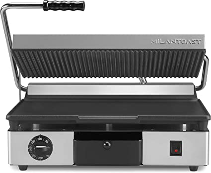 Milan Toast Piastra In Ghisa Grande Inferiore Liscia Superiore Rigata Elettrica Per Cucine Professionali 2 8 W Amazon It Casa E Cucina