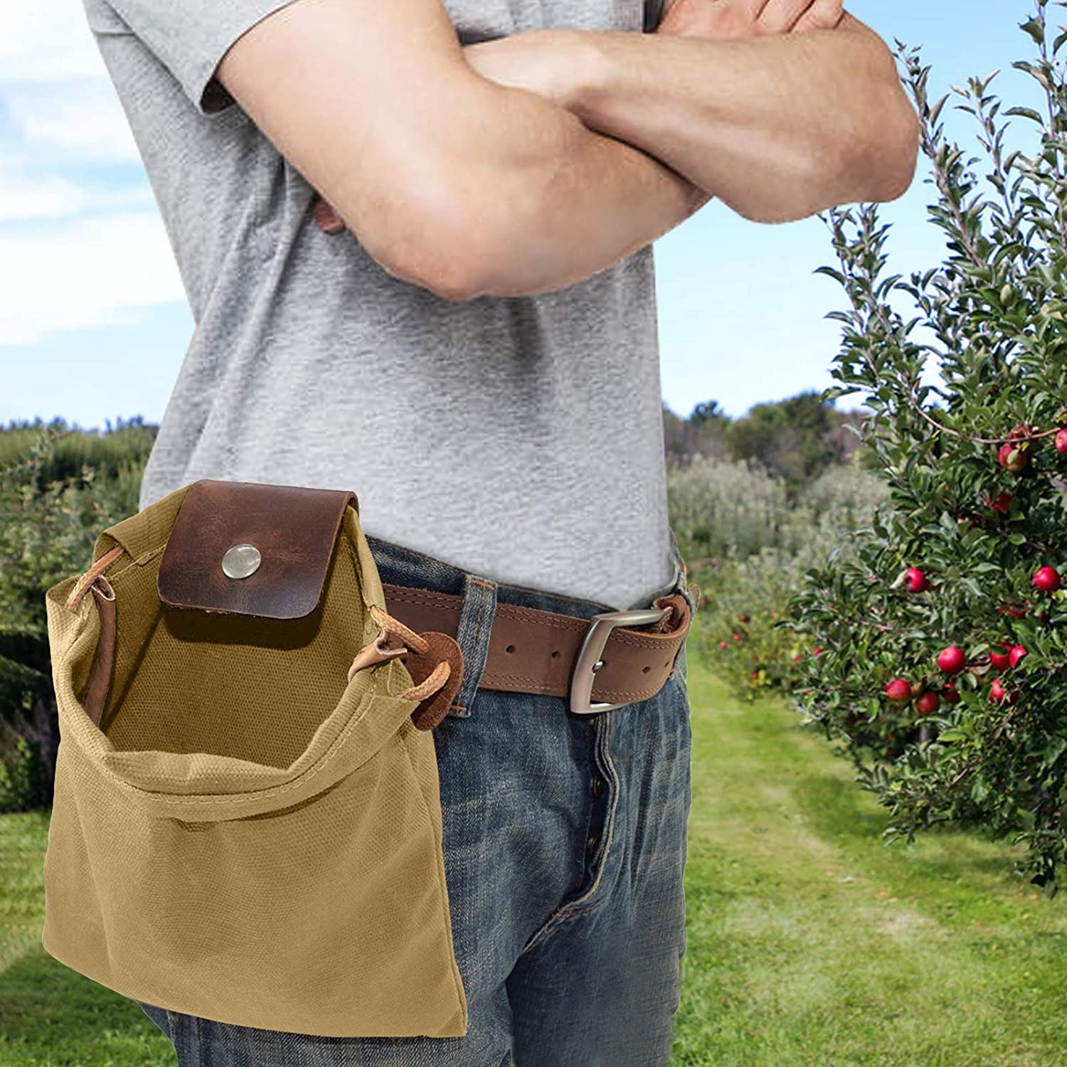 Foldable Canvas Foraging Bag, Retro Style Versatile Canvas Pouch with Leather Cover and Buckle, Tool Pouch and Canvas Bag with Drawstring for Outdoor Camping.