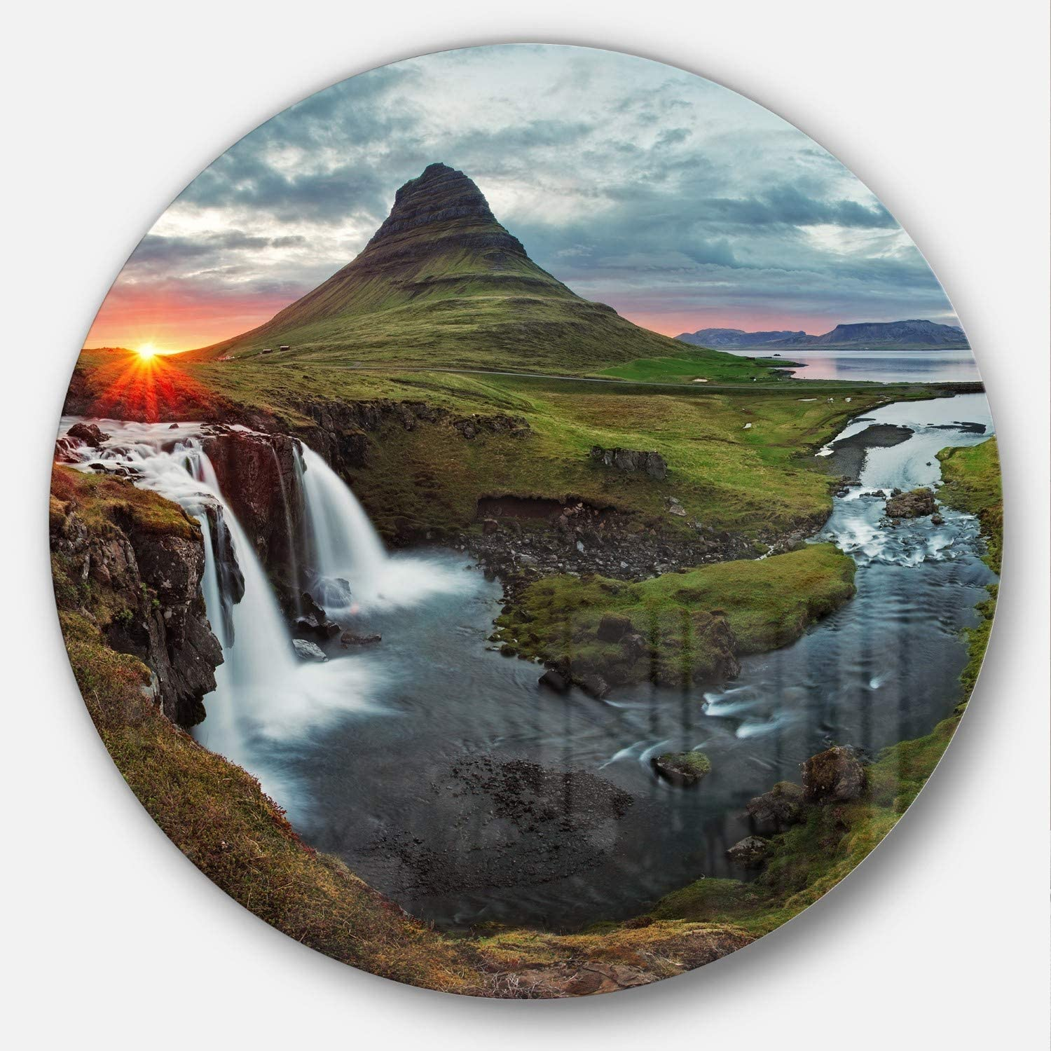 38x38-Disc of 38 inch Green//White Designart Iceland Landscape Spring Panorama Disc MT7026-C38-Disc