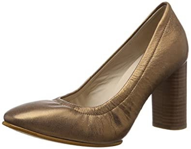 42116742056 Clarks Women s Grace Eva Closed Toe Heels  Amazon.co.uk  Shoes   Bags