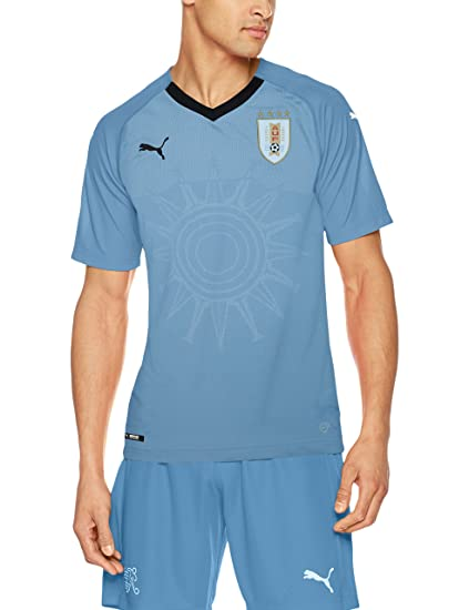 72253c81f52 Amazon.com   PUMA 2018-2019 Uruguay Home Football Soccer T-Shirt ...