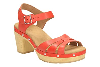da4fa6bb8fe Clarks Women s 261175584 Fashion Sandals red red  Amazon.co.uk ...