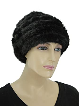 249e514478a Amazon.com  Hima Knit Mink Fur Hat with Rosette -Black  Clothing