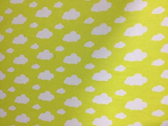 Tela de franela de algodón, diseño de nubes amarillas: Amazon.es ...