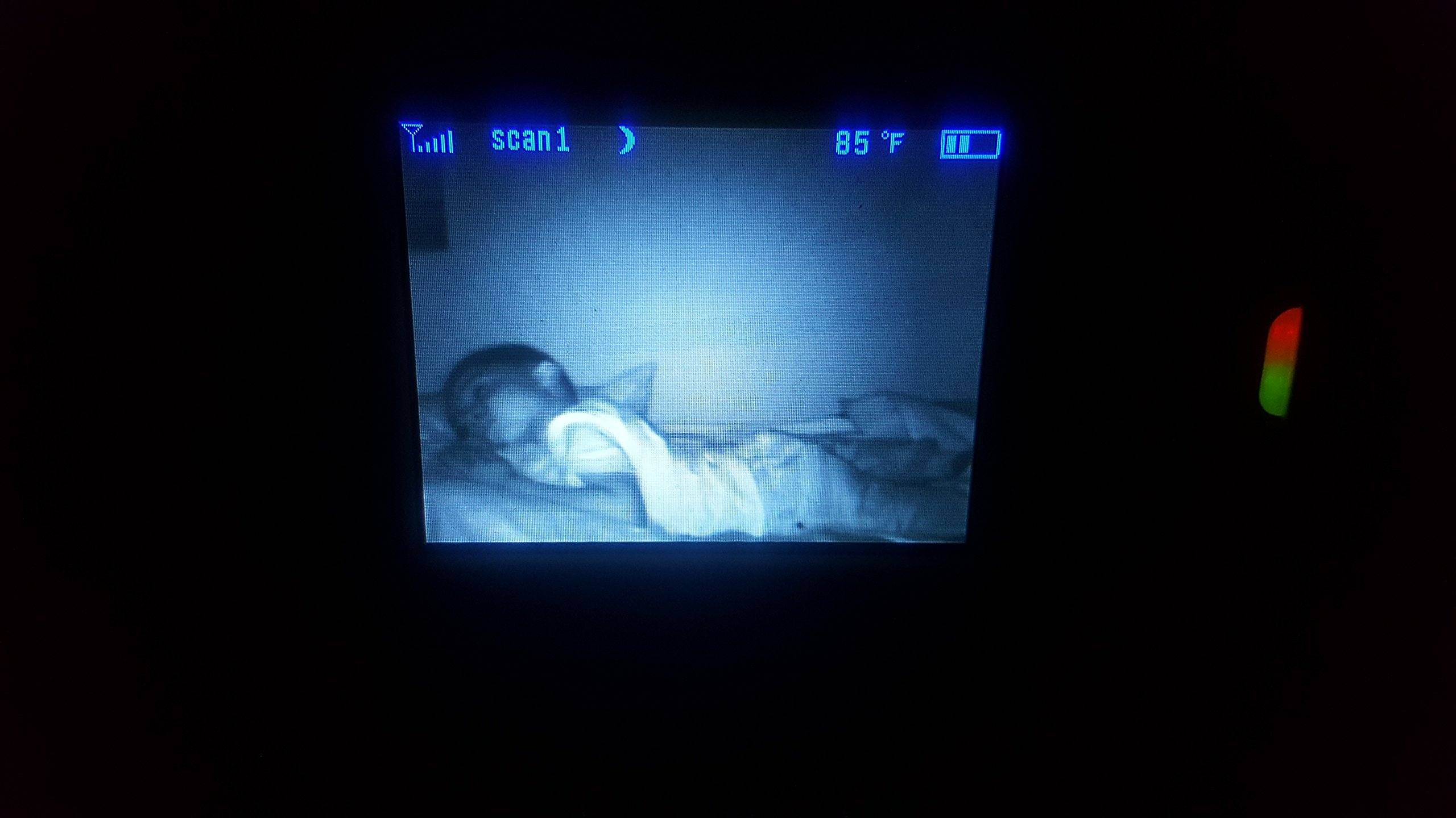 Infant Optics DXR-8 Video Baby Monitor with Interchangeable Optical Lens (White) by Infant Optics (Image #4)