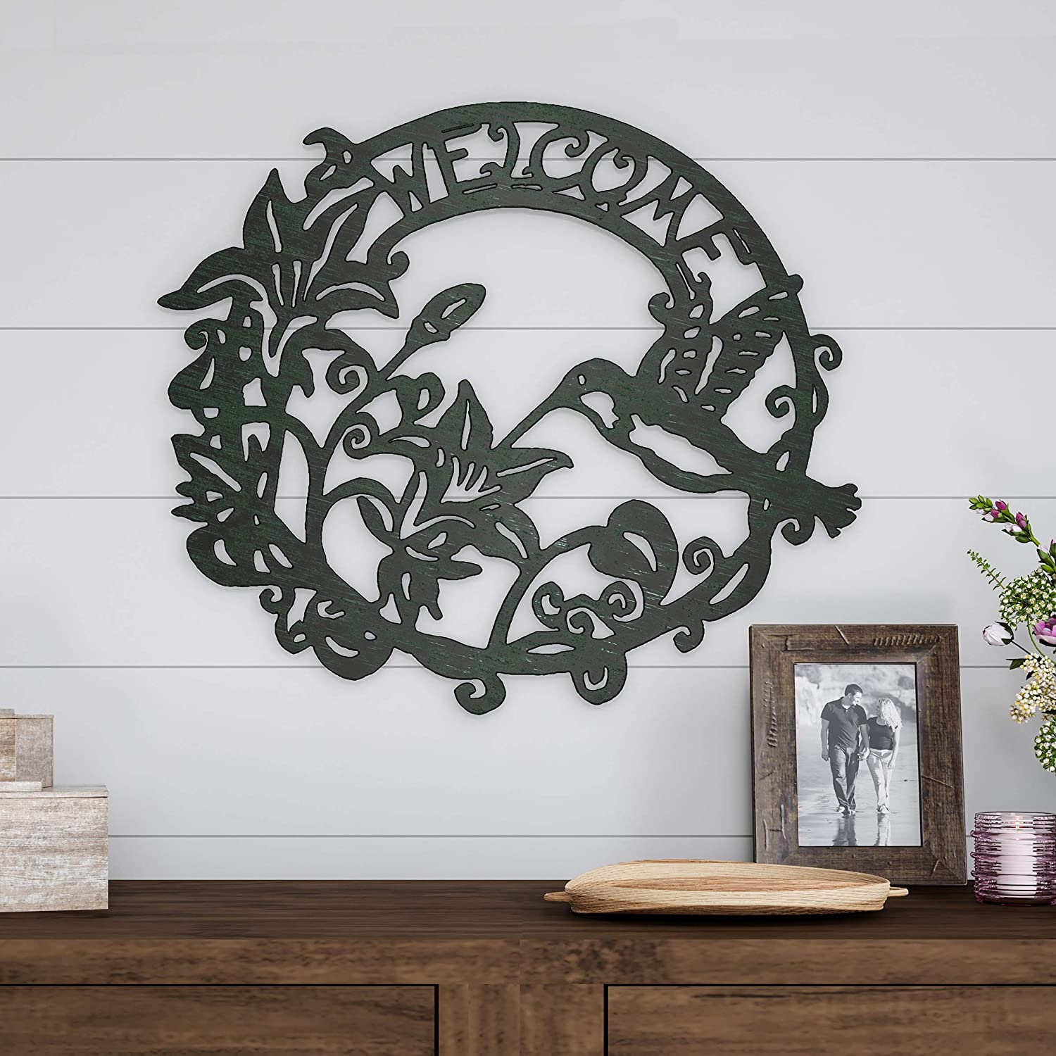 Lavish Home Metal Cutout Welcome Decorative Wall Sign Wreath-Word Art Accent-Perfect for Modern Rustic or Vintage Farmhouse Style