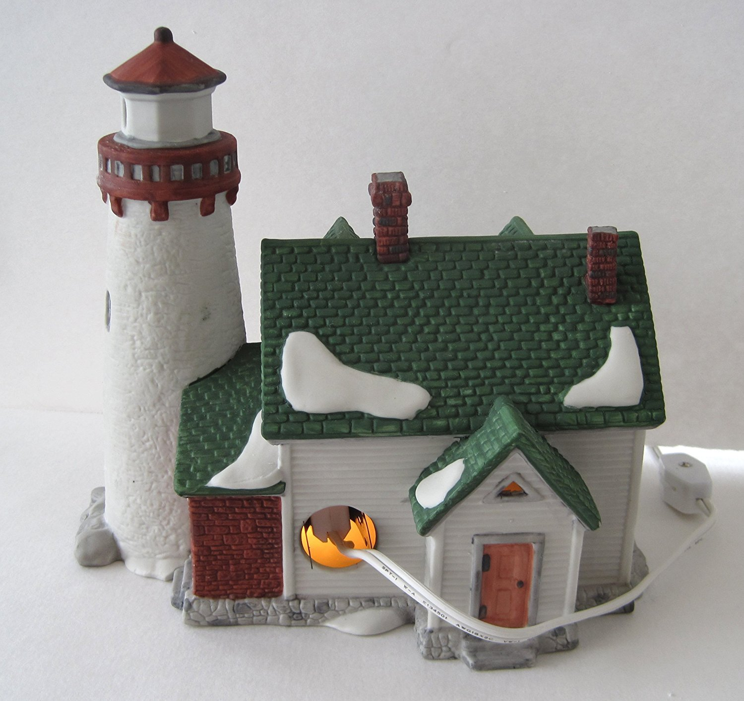 Dept 56 Retired Craggy Cove Lighthouse Item #59307 Department 56 New England Village