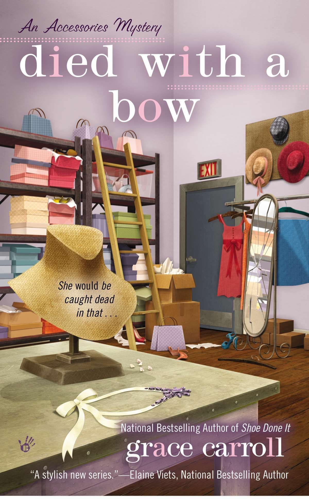 Download Died with a Bow (An Accessories Mystery) pdf