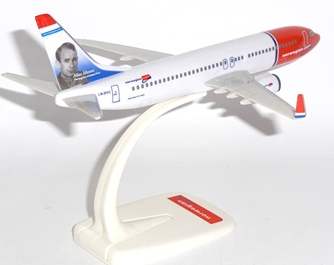 Boeing 737-800 Norwegian Air Shuttle Max Manus Livery Snap Fit