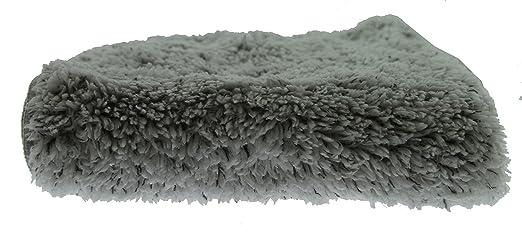Amazon.com: Desmaquillante y Exfoliador - Toalla de Microfibra con Carbon de Bambu (1)  Grande y (3) para Viaje - 1 Paquete de 4 Toallas: Beauty