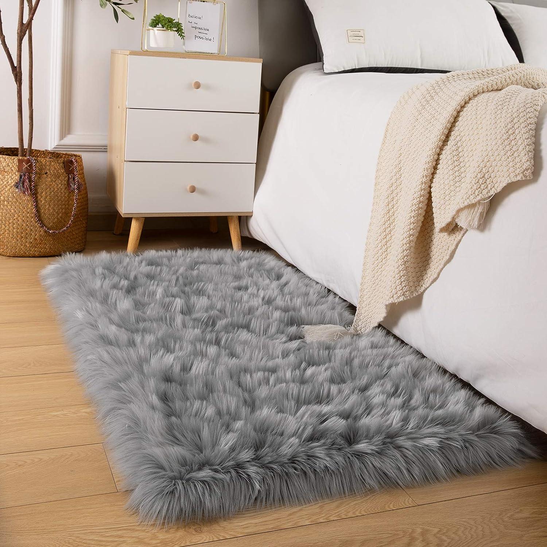 Vasofe Soft Shaggy Faux Fur Sheepskin Area Rugs for Bedroom Carpet Nursery Floor Mats Sofa-Home Decor Fluffy Chair Cover Seat 4ft x 5.9ft Grey