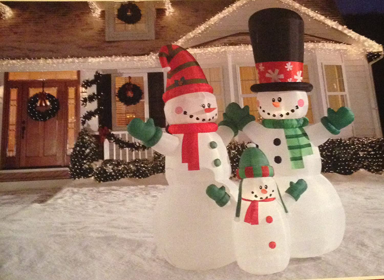 Amazon.com: Holiday Living 12 ft muñeco de nieve Familia ...