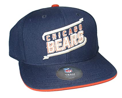 954492cb8d7 Amazon.com   NFL Team Apparel Chicago Bears Youth Navy Flat Brim ...