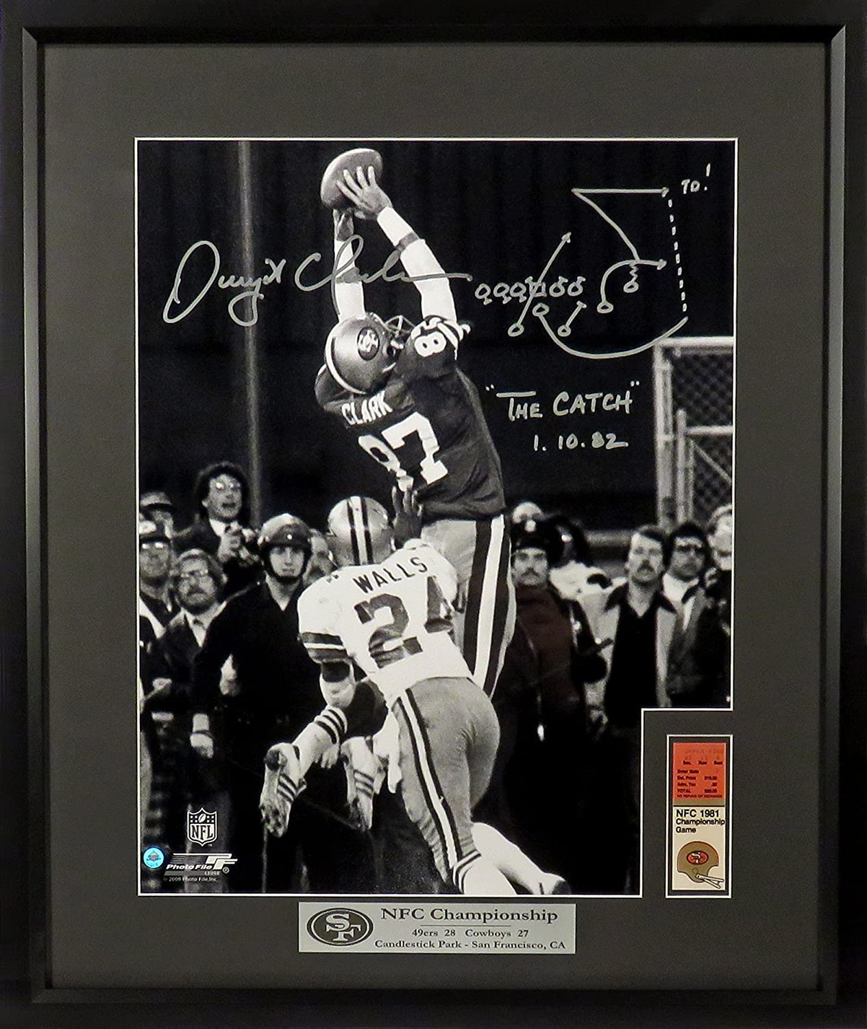 """Dwight Clark Framed & Autographed """"The Catch"""" 16x20 (vertical) Photograph  w/ Play Diagram, The Catch and Date Inscription at Amazon's Sports  Collectibles ..."""