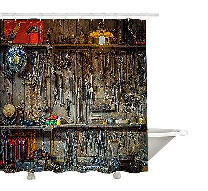Man Cave cortina de ducha por yeuss, Vintage Estilo herramientas para colgar en la pared