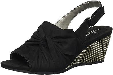 dc4e0bbd543 Bandolino Women's Gayla Wedge Sandal