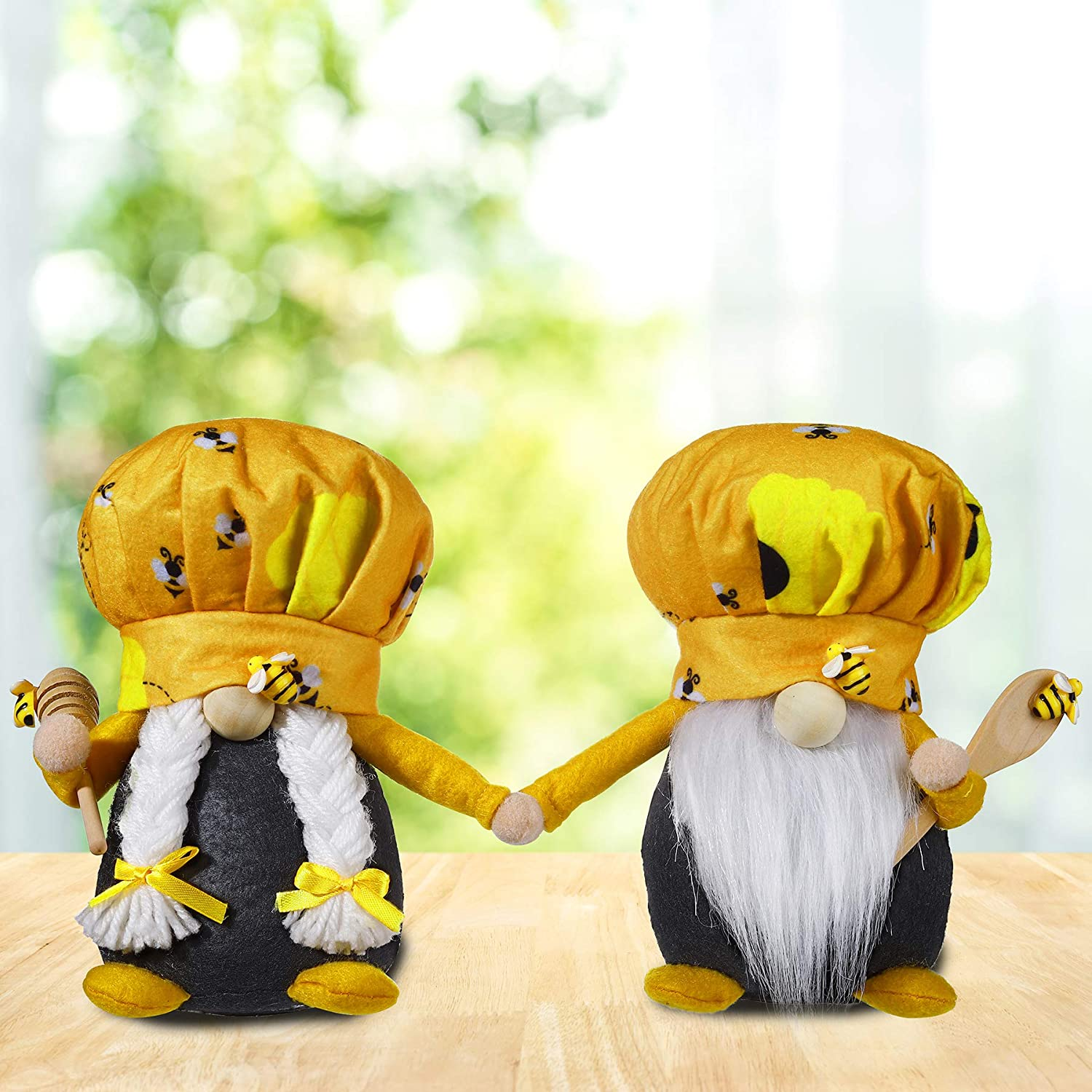 Couple Chef Gnome Set of 2, Spring Autumn Harvest Thanksgiving Holiday Gnome with Bee Ornament for Home Table Kitchen Shelf Fireplace Farmhouse Tiered Tray Decor, Nordic Swedish Elf Plush Gnomes Gift