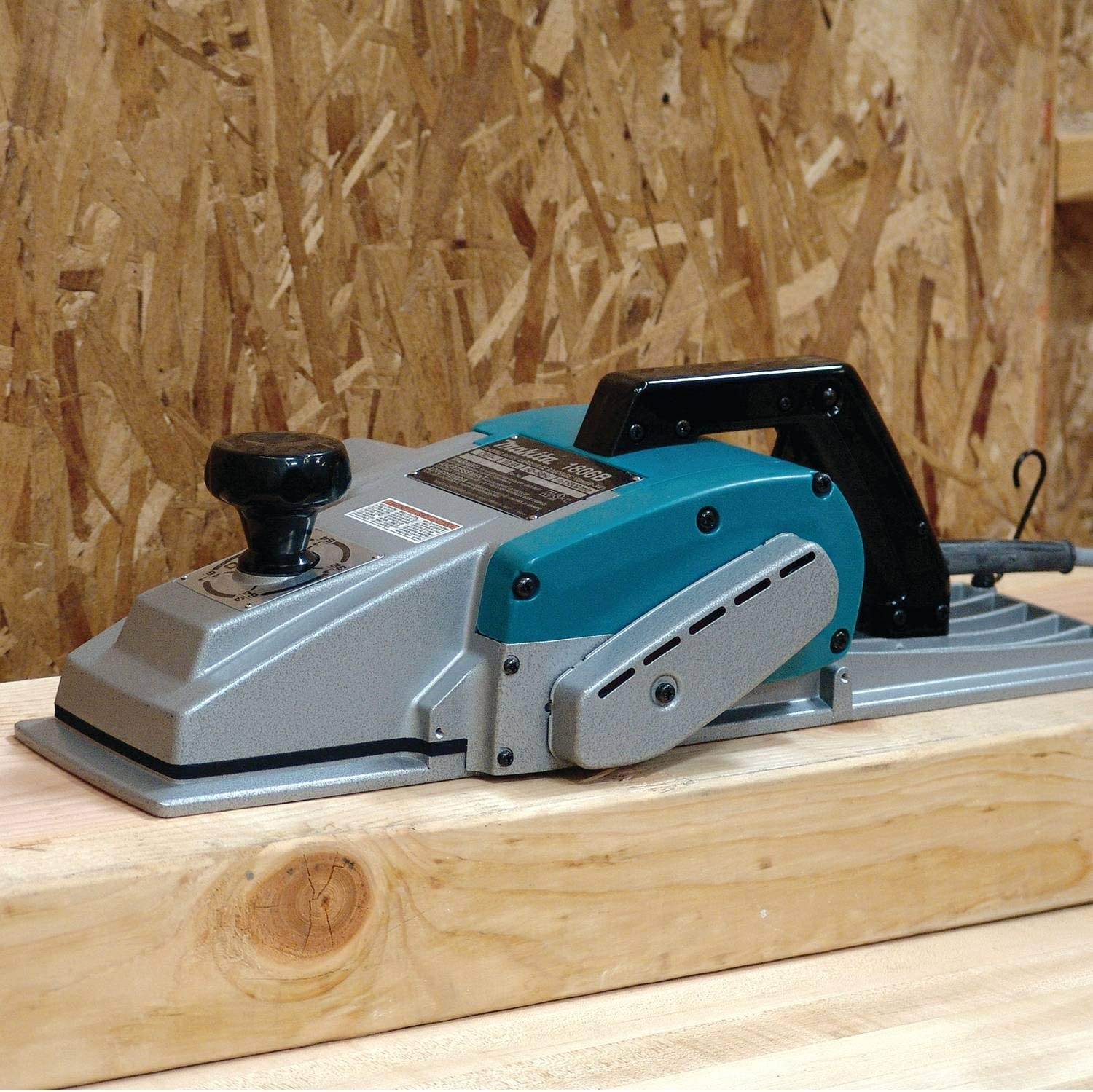 Makita 1806B Electric Hand Planers product image 2