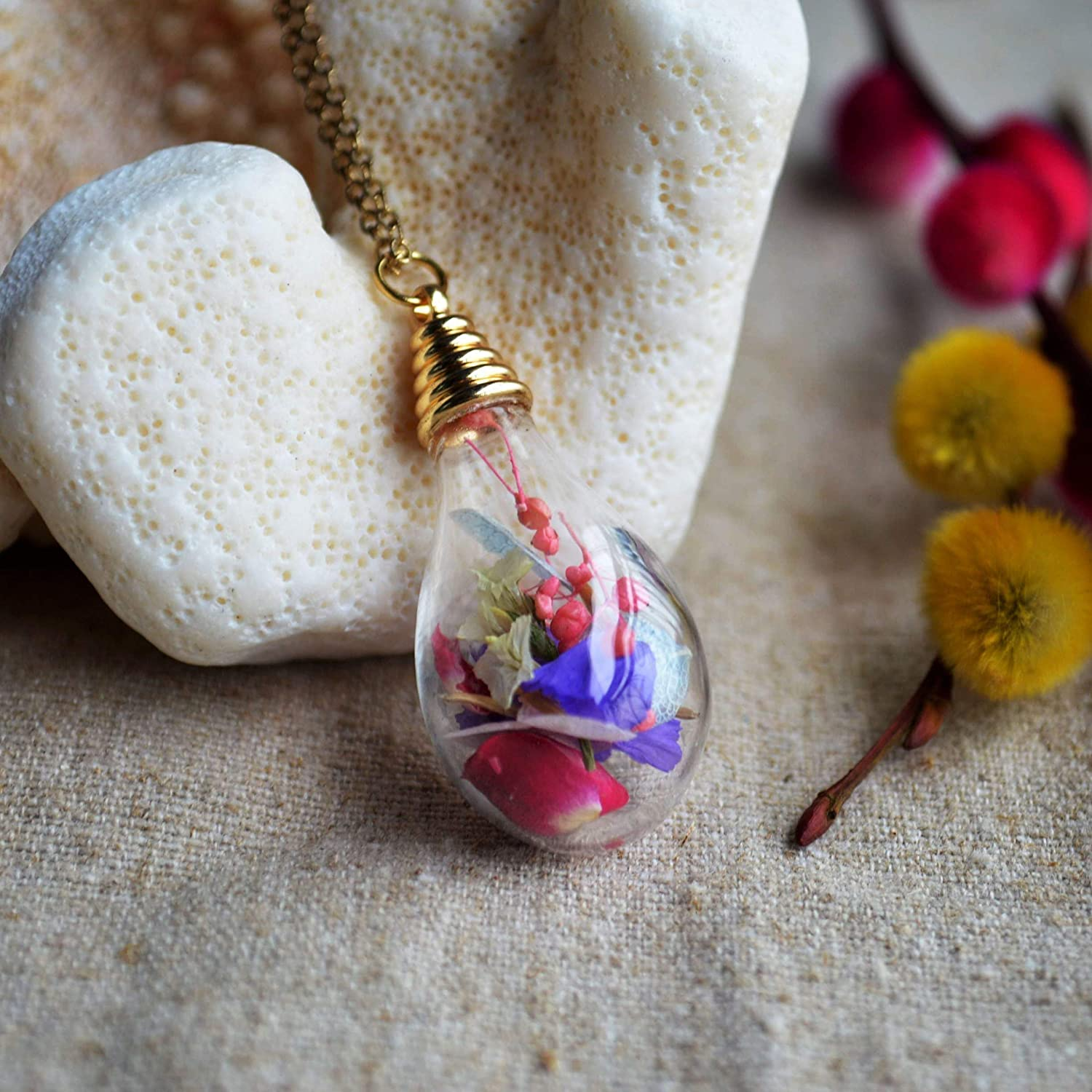 Mixed Real Flower Babysbreath Roses Forgetmenot Waterdrop Glass Pendant 18k Gold Plated Chain Necklace