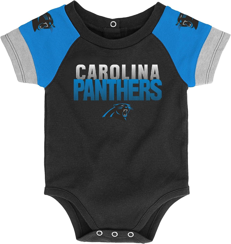 Outerstuff NFL Unisex-Baby Newborn /& Infant 50 Yard Dash Bodysuit Bib /& Bootie Set