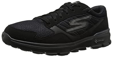 Skechers Performance-Go-Weg 3 Compete Lace-up Walking-Schuh  Schwarz