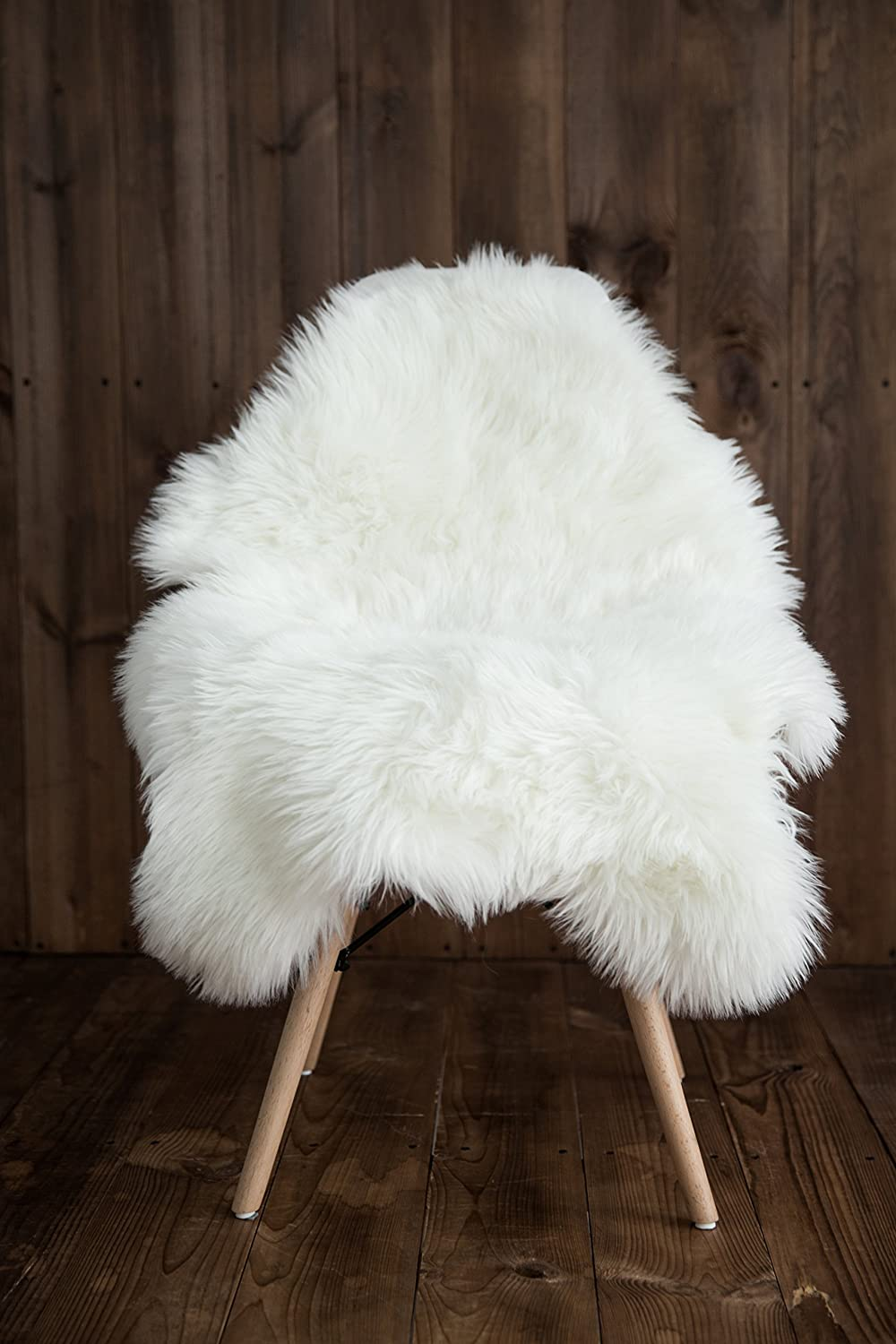 Pleasant My Comfy Zone Sheepskin Faux Fur Chair Cover Rug Seat Pad Area Rugs For Bedroom Sofa Floor Vanity Nursery Decor Ivory And White 2Ft X 3Ft White Machost Co Dining Chair Design Ideas Machostcouk