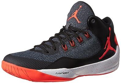 the latest 3fffa 5e19b Nike 844065-006, Chaussures de Basketball Homme, Gris (Dark Grey Infrared