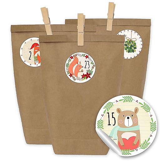 Papierdrachen 24 Bolsas de Papel con Pegatinas + 24 Pinzas de Madera para el Calendario de Adviento - Motivo Muchas imágenes Decorativas - 22