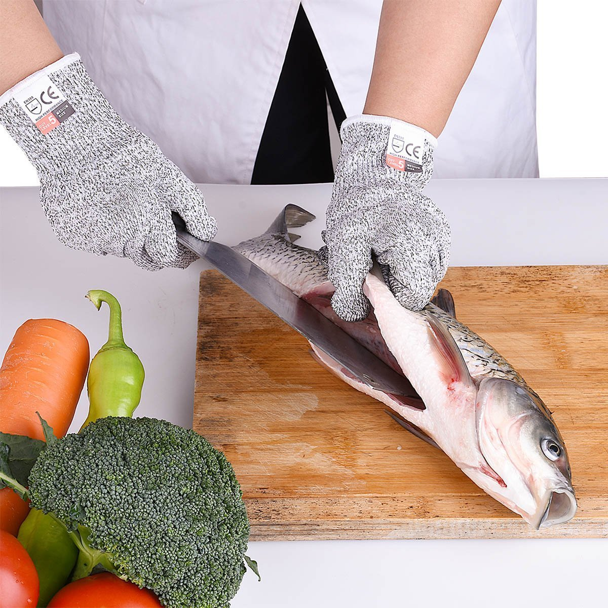 Cut Resistant Gloves High Performance Level 5 Protection,Safety Cutting Gloves For Hand Protection in Kitchen,whittling protection,wood whittling.1pair