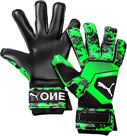 Amazon.com : PUMA ONE Grip 1 Hybrid PRO Goalkeeper Gloves ...