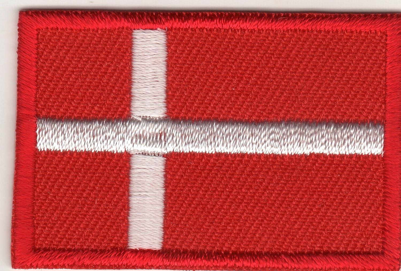 Stemma Ricamato Toppe stampati Toppe Termoadesivi Iron-On Patch bandiera Danimarca piccolo JAB Seller
