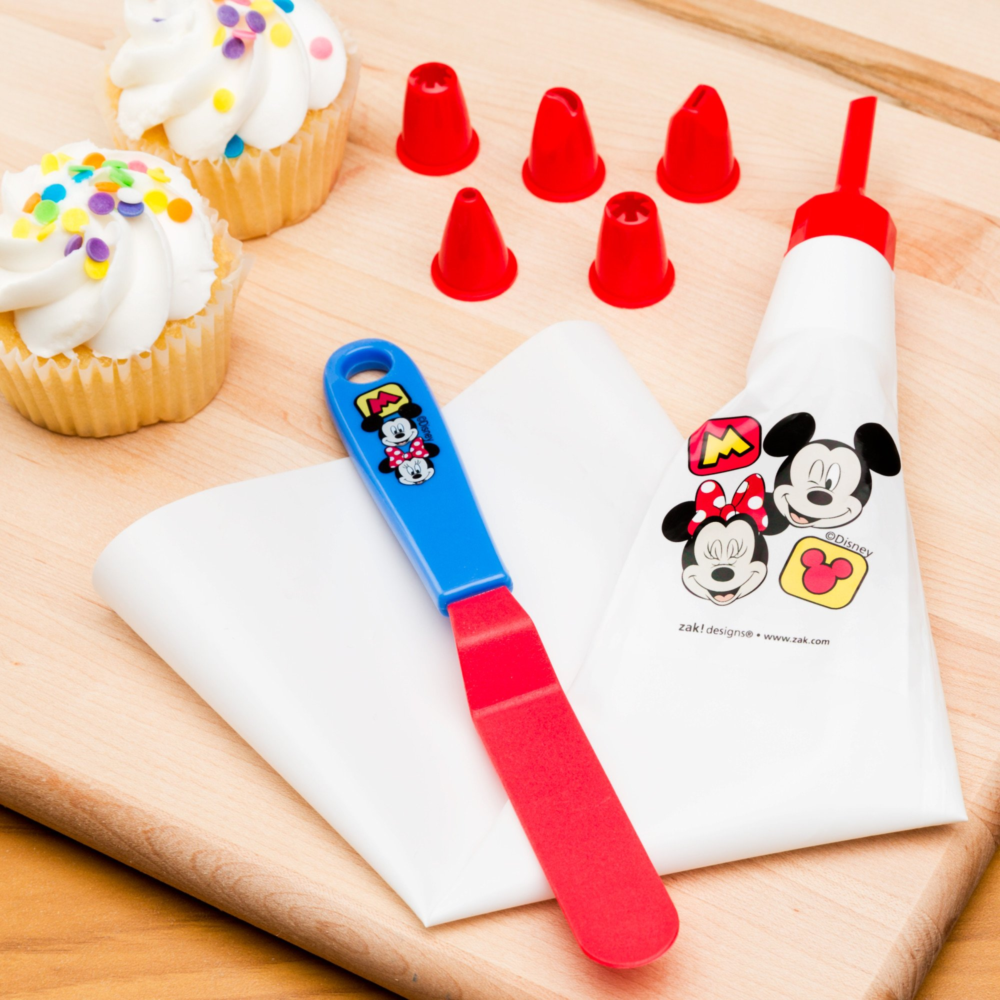 Zak Designs Mickey & Minnie Mouse Frosting Bag and 6 Tips for Cooking with Kids, Mickey & Minnie by Zak Designs (Image #4)