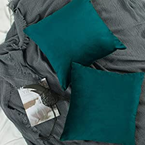YINFUNG Velvet Pillow Cover Teal Green 18x18 Peacock Blue Decorative Couch Pillow Case Soft Square Bedroom Sofa Living Room 2 Pack Dark Blue Toss Pillow Cover Cushion Cover Hunter Green Forest