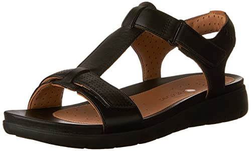 0b1f375d9885 Clarks Women s Un Haywood Flat Sandals  Amazon.ca  Shoes   Handbags
