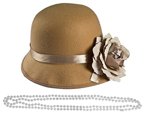 LADIES 1920S BEIGE CLOCHE HAT + PEARL NECKLACE BEADS FANCY DRESS ACCESSORY  COSTUME 20S 30S FLAPPER ff5f5c0be14