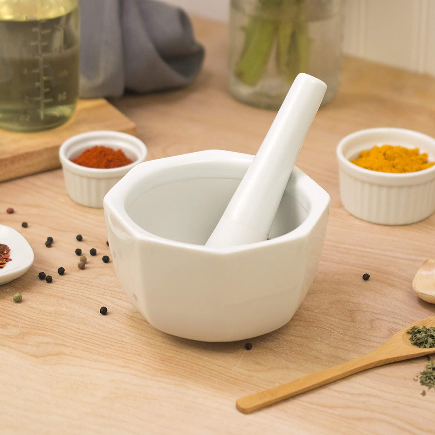 HIC Harold Import Co 79 HIC Porcelain Octaganol Mortar and Pestle 3.5-Inch White 3.5 Inch