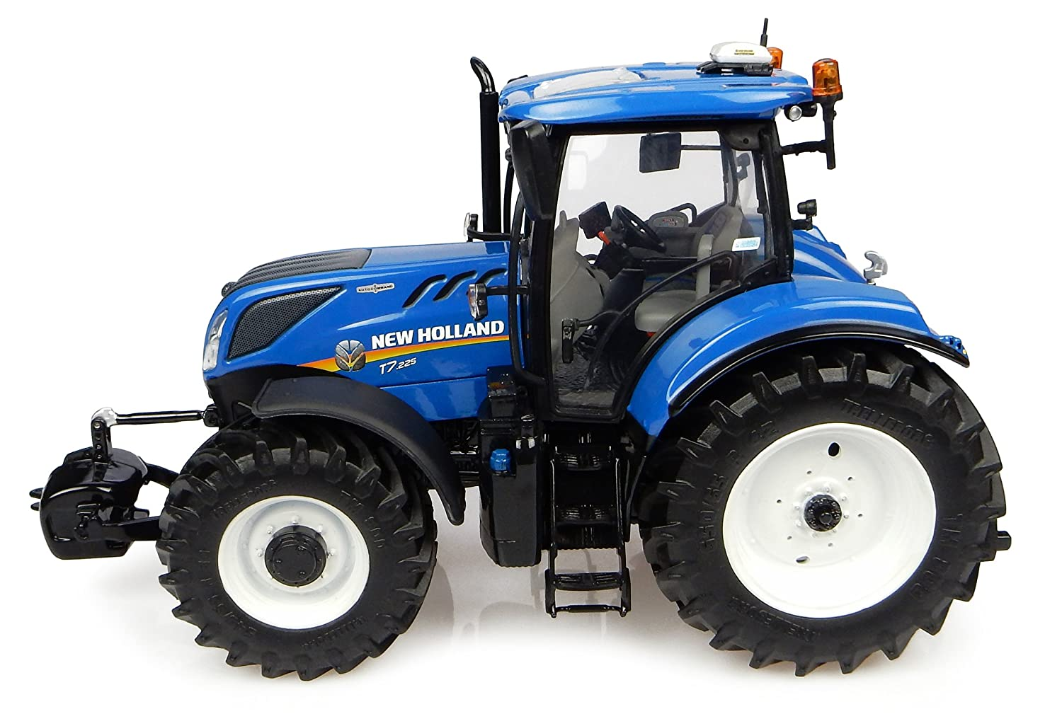 Universal Hobbies - UH 4893 - Tractor - New Holland T7 225