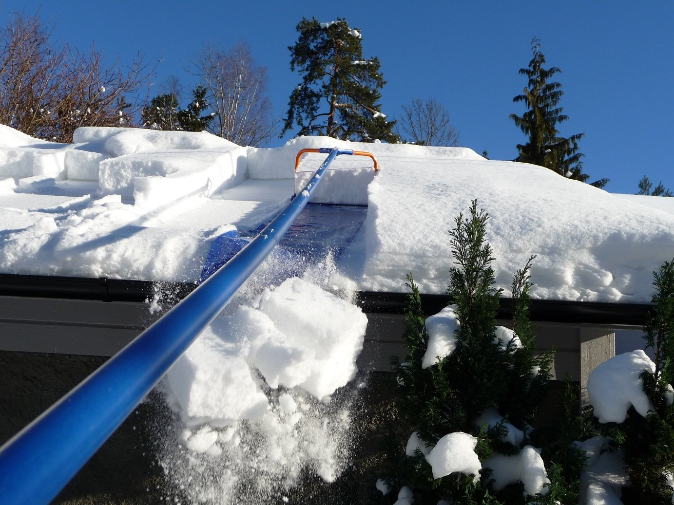 Charming Amazon.com : Avalanche   Original 500 Roof Snow Removal System   17 Inches  By 16 Feet : Snow Rakes : Garden U0026 Outdoor