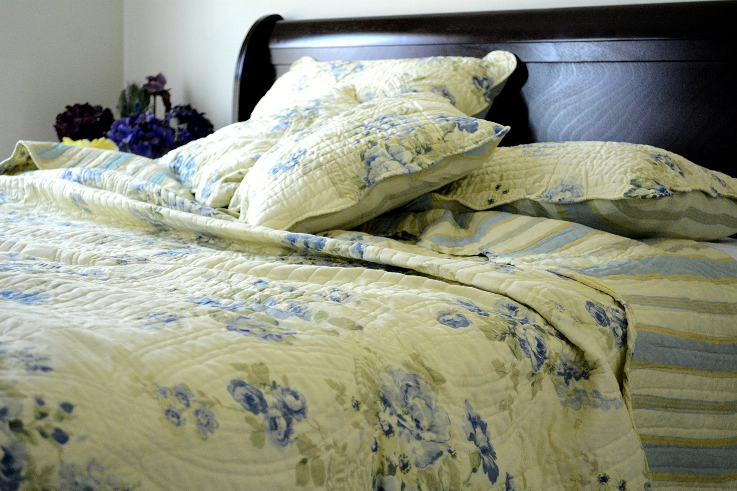 DaDa Bedding Reversible Patchwork Floral Camellia Quilt Bedspread Set, Ivory/Yellow & Blue