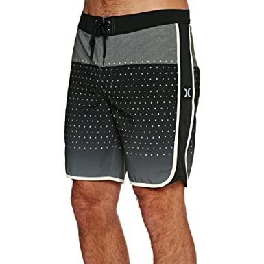 8e0c451f02 Amazon.com: Hurley Men's Phantom Motion Third Reef 18