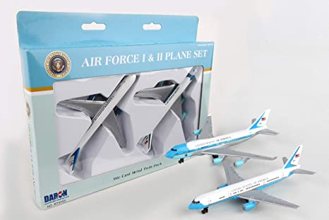 Amazon Com Air Force One 2 Plane Set Air Force One And Air Force