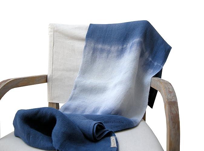 Manta decorativa azul indigo. Colección Linos. Plaid suave para sofá y cama. Manta