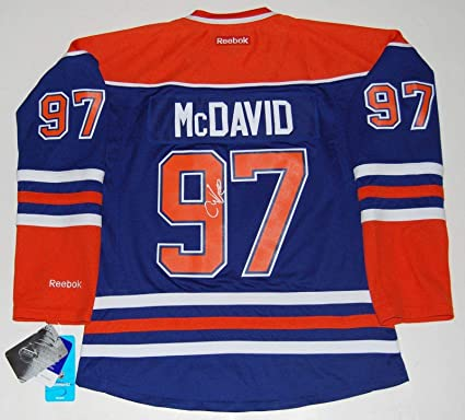 best value 37985 23e76 Autographed Connor McDavid Jersey - Ladies W COA ...