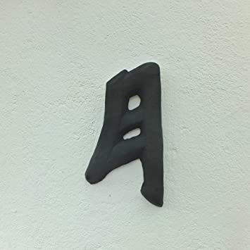 Chinese Character Symbol Moon Solid Frost Proof Cast Stone Garden