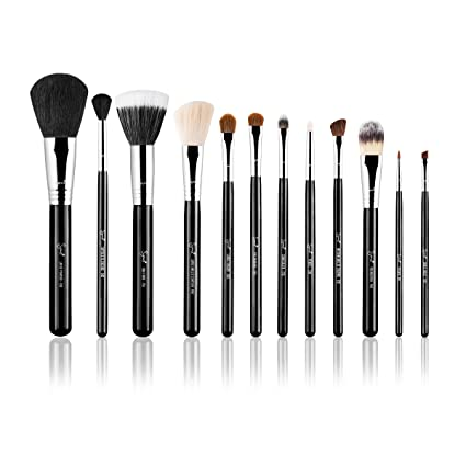 46d65dfc2 Sigma Beauty - Essential Kit - Make me Classy / Kit de 12 Brochas - Negro