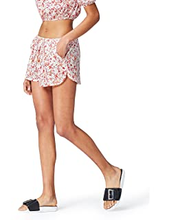 New Look Damen Go Pleated Shorts
