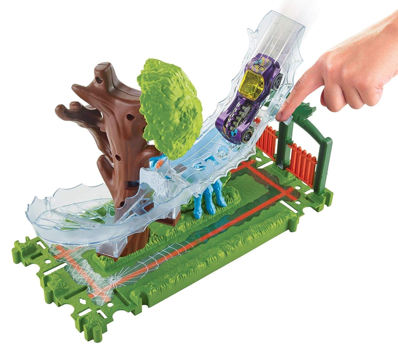 Hot Wheels City Pista de coches Ataque en el parque de la araña (Mattel FNB07): Amazon.es: Juguetes y juegos