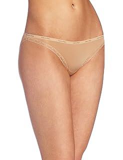 e996a798201 Calvin Klein Women s Bottoms Up Thong Panty at Amazon Women s ...